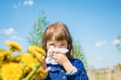 seasonal-allergy-child_73944-6084